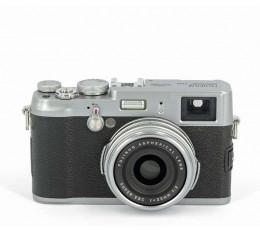 Fujifilm  X100  occasion met leren tas