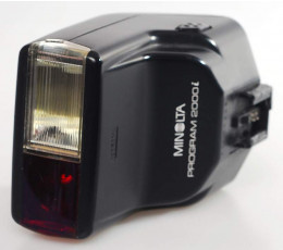 Minolta Program Flash 2000 i *
